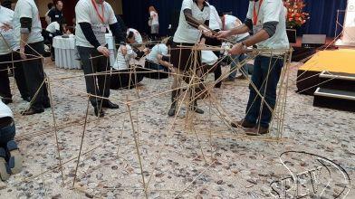 bamboe_bouwen_megavlieger_teambuilding_29
