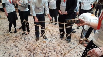 bamboe_bouwen_megavlieger_teambuilding_30