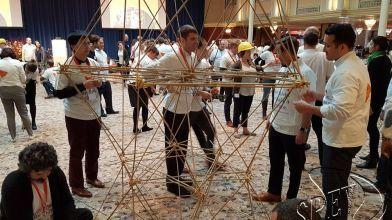 bamboe_bouwen_megavlieger_teambuilding_39