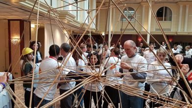 bamboe_bouwen_megavlieger_teambuilding_49