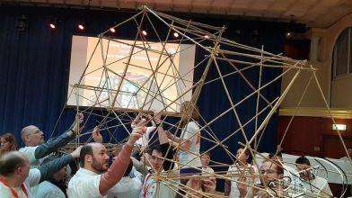 bamboe_bouwen_megavlieger_teambuilding_54